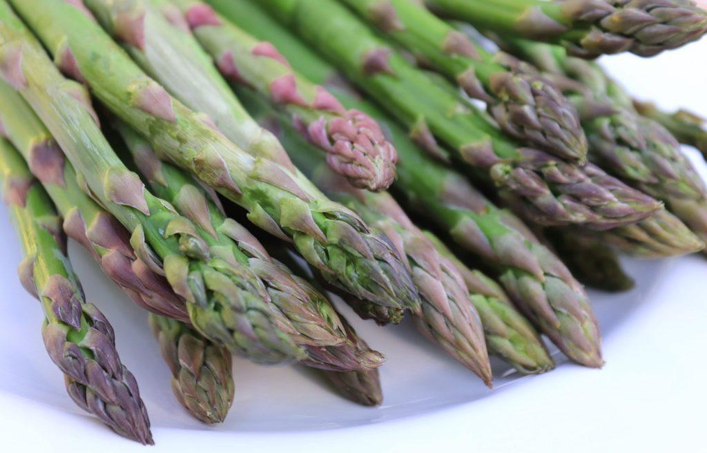 Zielone szparagi - rarytas w kuchni