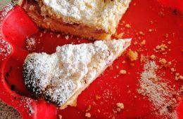 Ciasto ucierane: jak upiec idealne ciasto ucierane z owocami