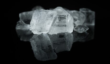 Suchy lód - czyszczenie suchym lodem