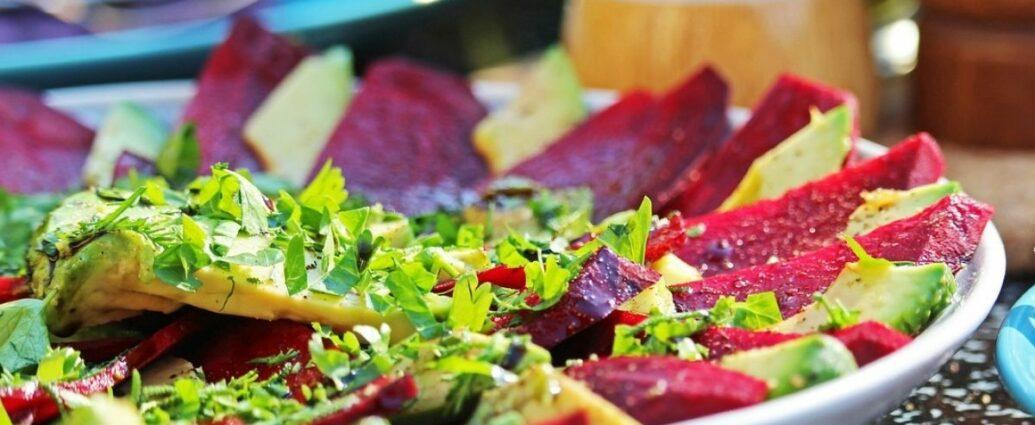 Kiszone buraki można wykorzystać do sałatki lub podać jako carpaccio